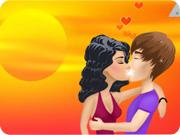 Justin and Selena Kissing Vacation